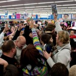 Videos de caos en Black Friday